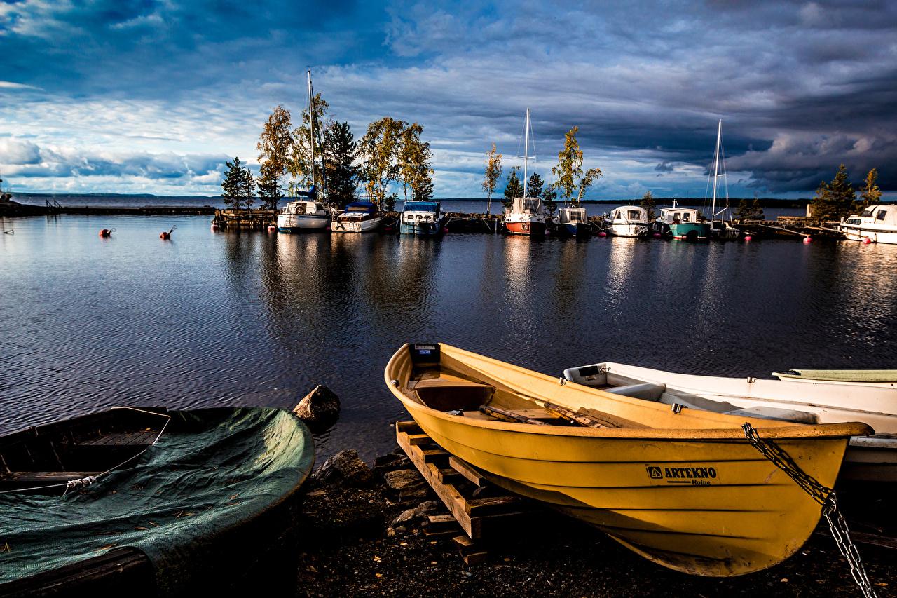 Фотографии Финляндия Tampere Pirkanmaa Природа Реки Вечер Лодки Пристань река речка Пирсы Причалы