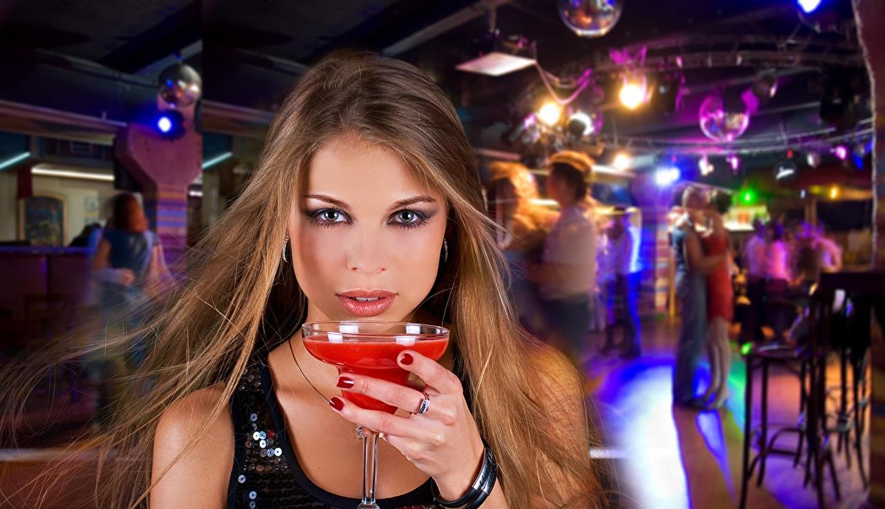 Порево в клубах на дискотеках онлайн пока она