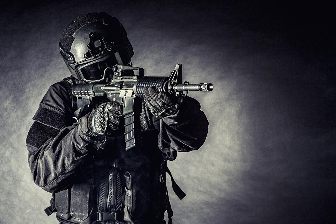 Фотографии солдат автоматом Военная каска Очки униформе Армия Солдаты автомат Автоматы очках очков Униформа военные