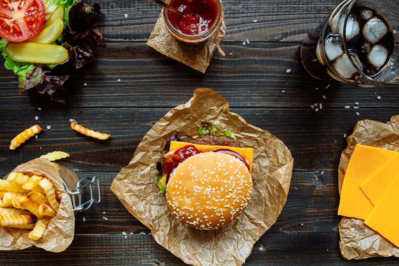 Фотография Гамбургер кетчупа Быстрое питание Еда Кетчуп Фастфуд кетчупом Пища Продукты питания