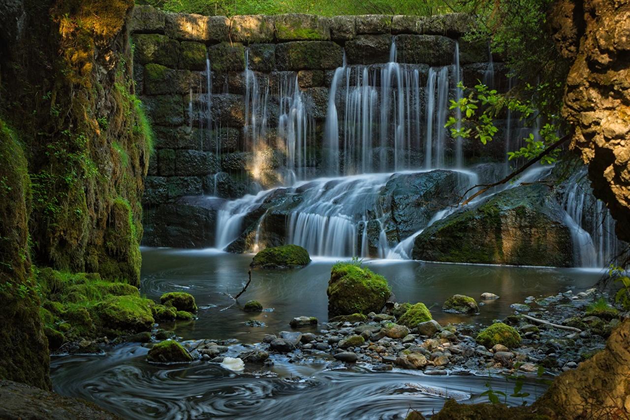 Картинка Бавария Германия Природа Водопады мха Реки Камень Мох река мхом Камни речка