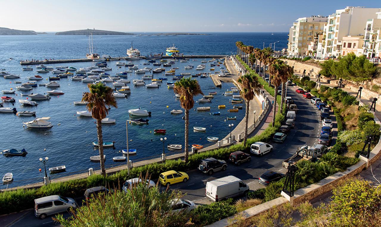 Обои для рабочего стола Мальта Море пальма Яхта Пирсы Лодки Катера Дома город пальм Пальмы Причалы Пристань Здания Города