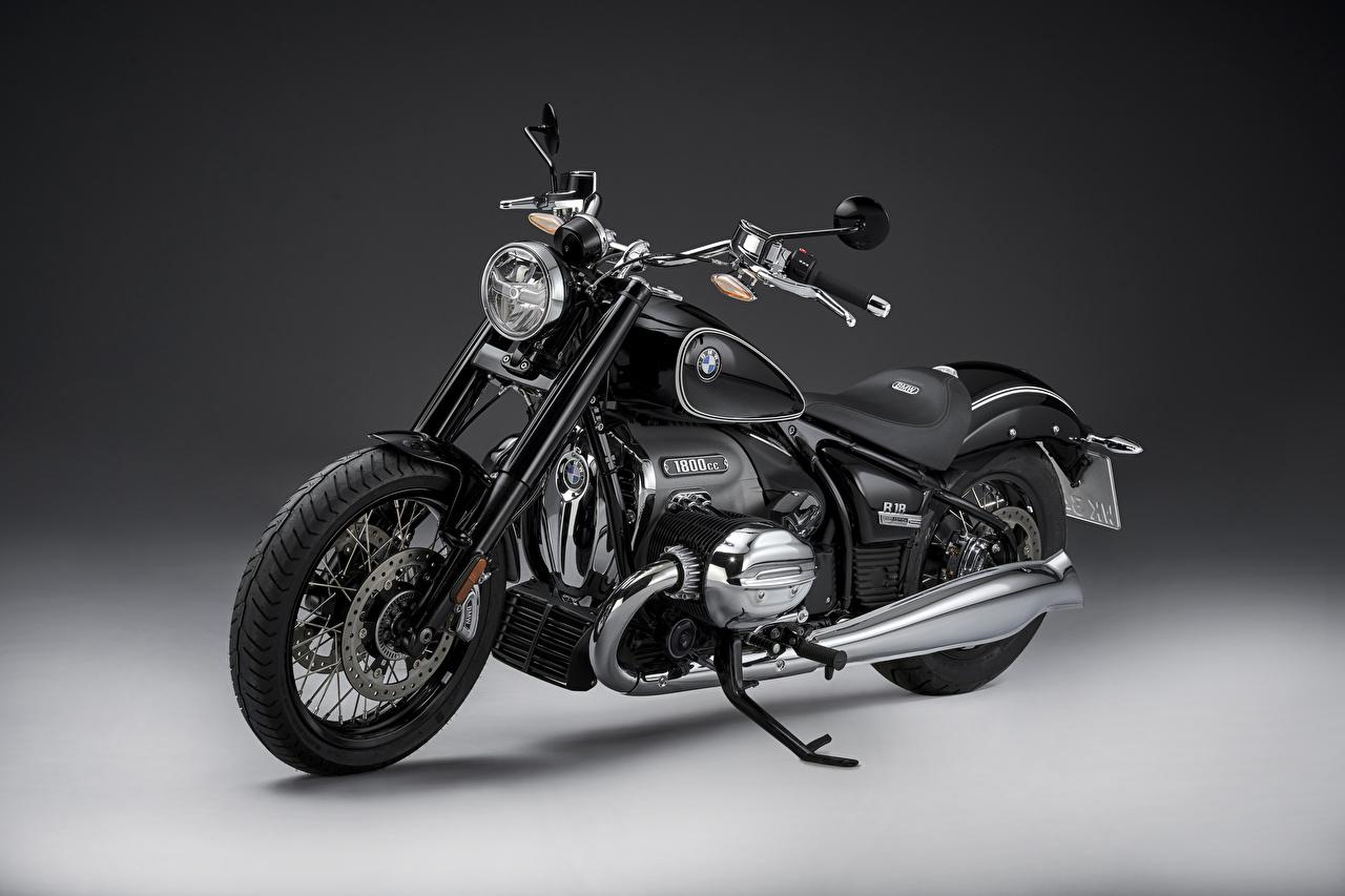 Фотография BMW - Мотоциклы 2020 R18 First Edition черные Мотоциклы БМВ черная Черный черных мотоцикл