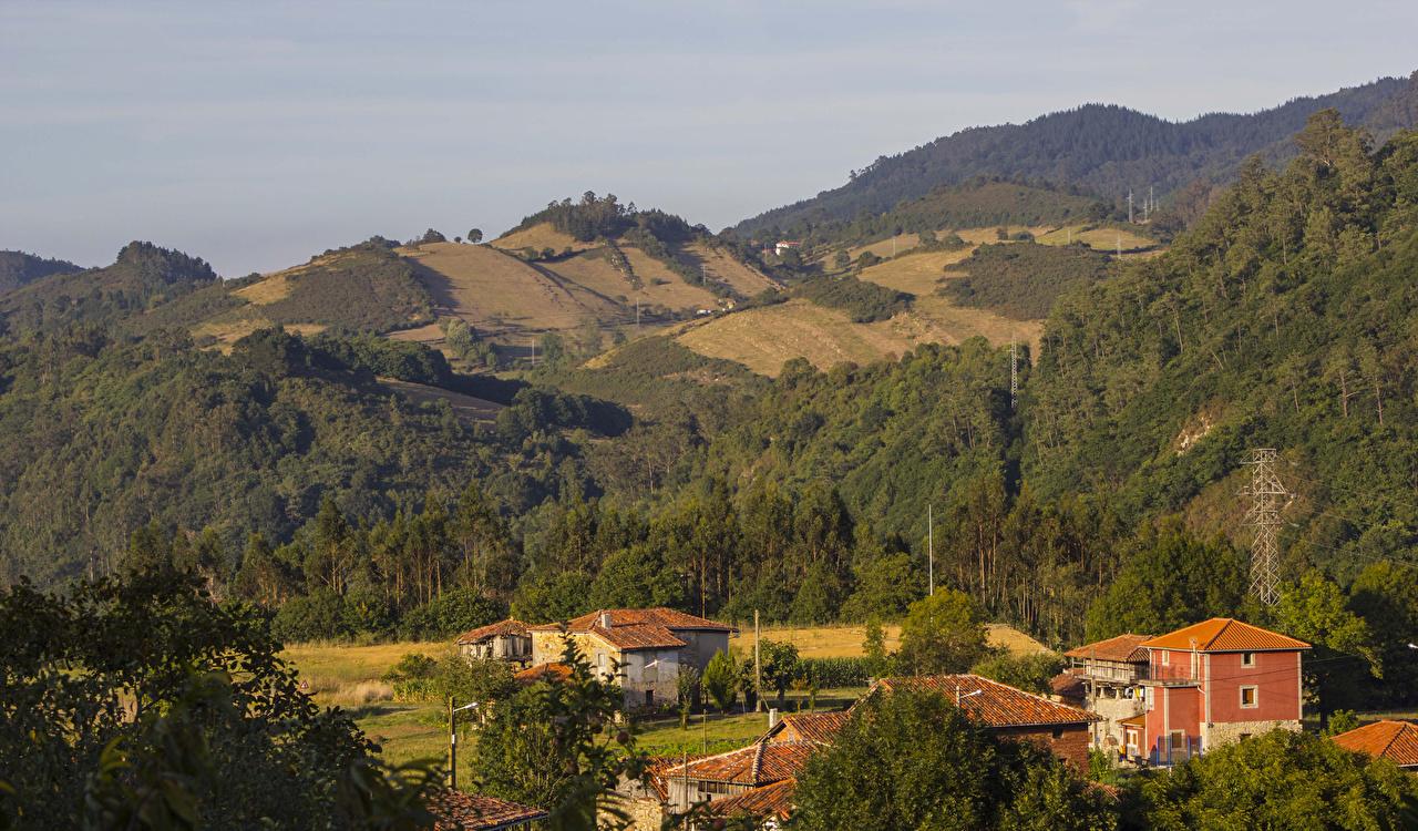Фотографии Испания Sobrerriba Asturias Леса холм Дома город лес Холмы холмов Здания Города