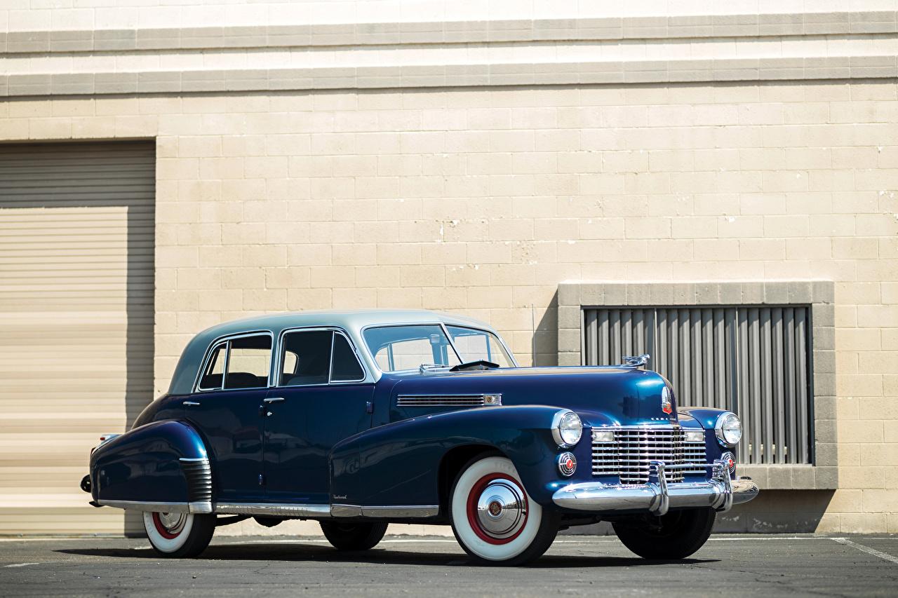 Фотографии Cadillac 1941 Fleetwood Sixty Special Sedan Ретро синих авто Кадиллак синяя синие Синий винтаж старинные машина машины Автомобили автомобиль
