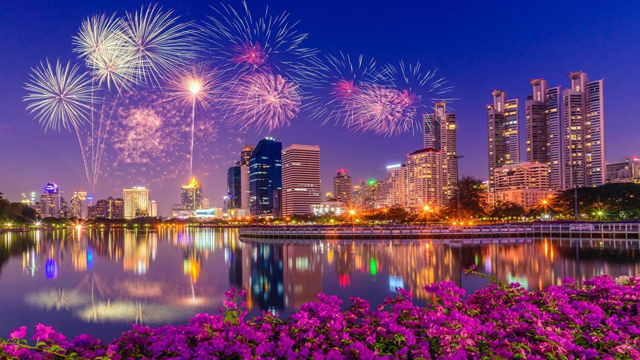 Картинка Салют Сингапур заливы Ночные город Здания фейерверк Ночь Залив ночью в ночи залива Дома Города