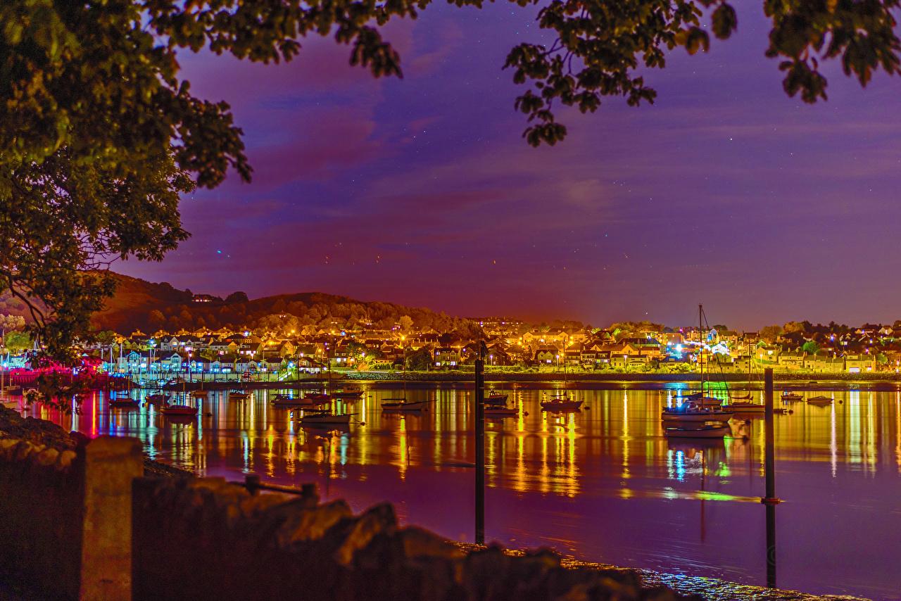 фото на телефон ночные города скачать