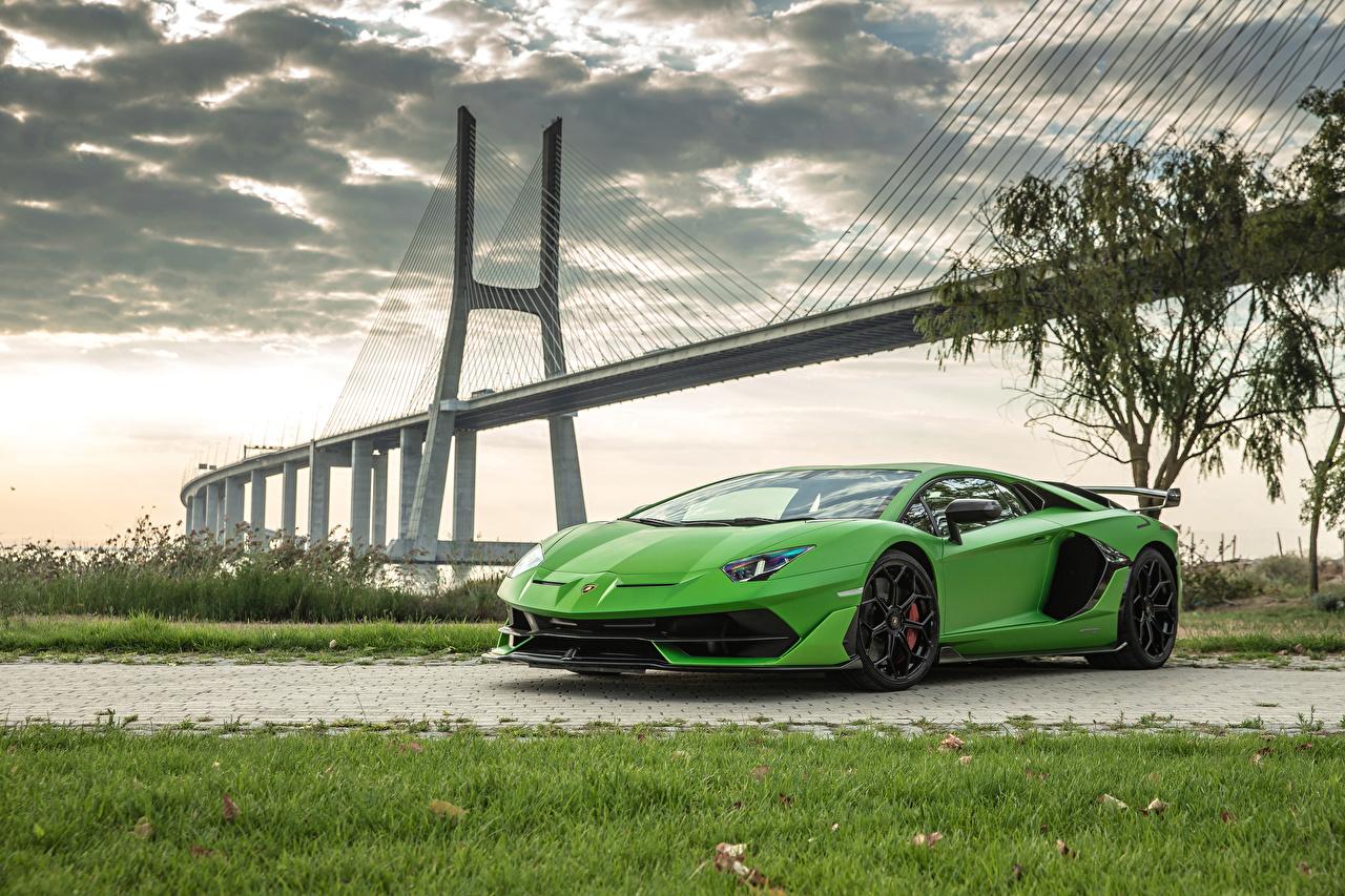Фото Lamborghini 2018 Aventador SVJ Worldwide желто зеленый машины Ламборгини Салатовый салатовые салатовая авто машина автомобиль Автомобили