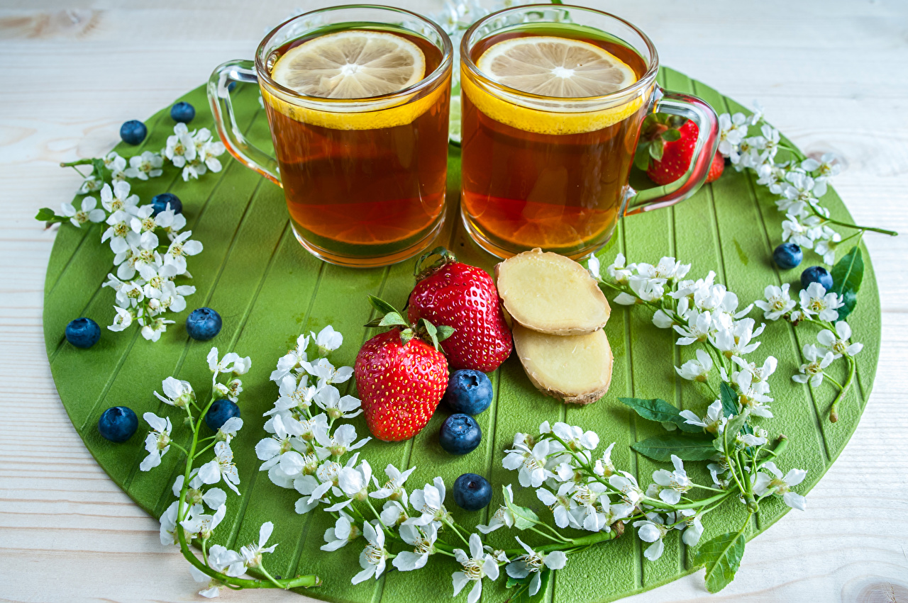 Фотография Чай Черника Клубника Еда чашке Пища Чашка Продукты питания