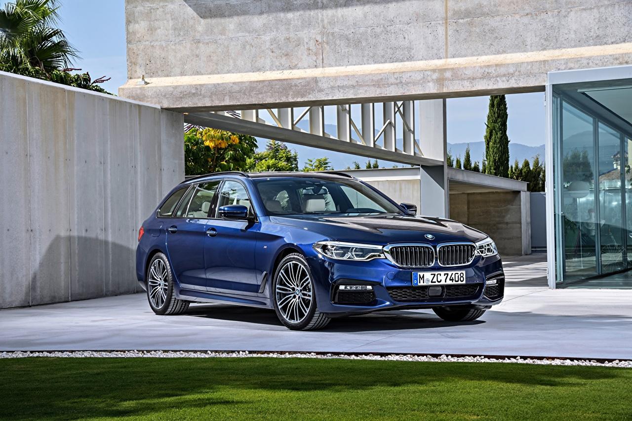 Обои для рабочего стола БМВ 2017 530d xDrive Touring M Sport Worldwide синие авто Металлик BMW синих Синий синяя машина машины автомобиль Автомобили