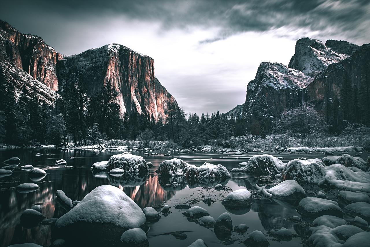 Фото Йосемити Калифорния штаты Горы Скала Природа Снег Пейзаж Реки Камень США Утес речка Камни