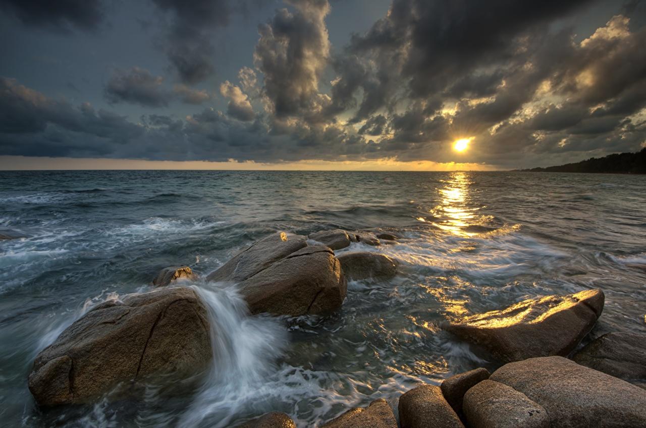 Обои Море Природа Вечер Камень Облака Камни облако облачно