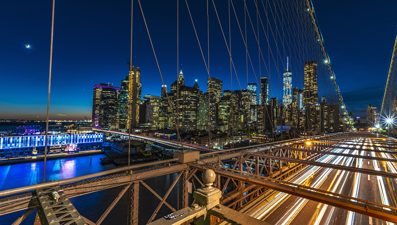Фотографии Нью-Йорк Манхэттен штаты мост река Ночь Здания Города США америка Мосты Реки речка ночью в ночи Ночные Дома город
