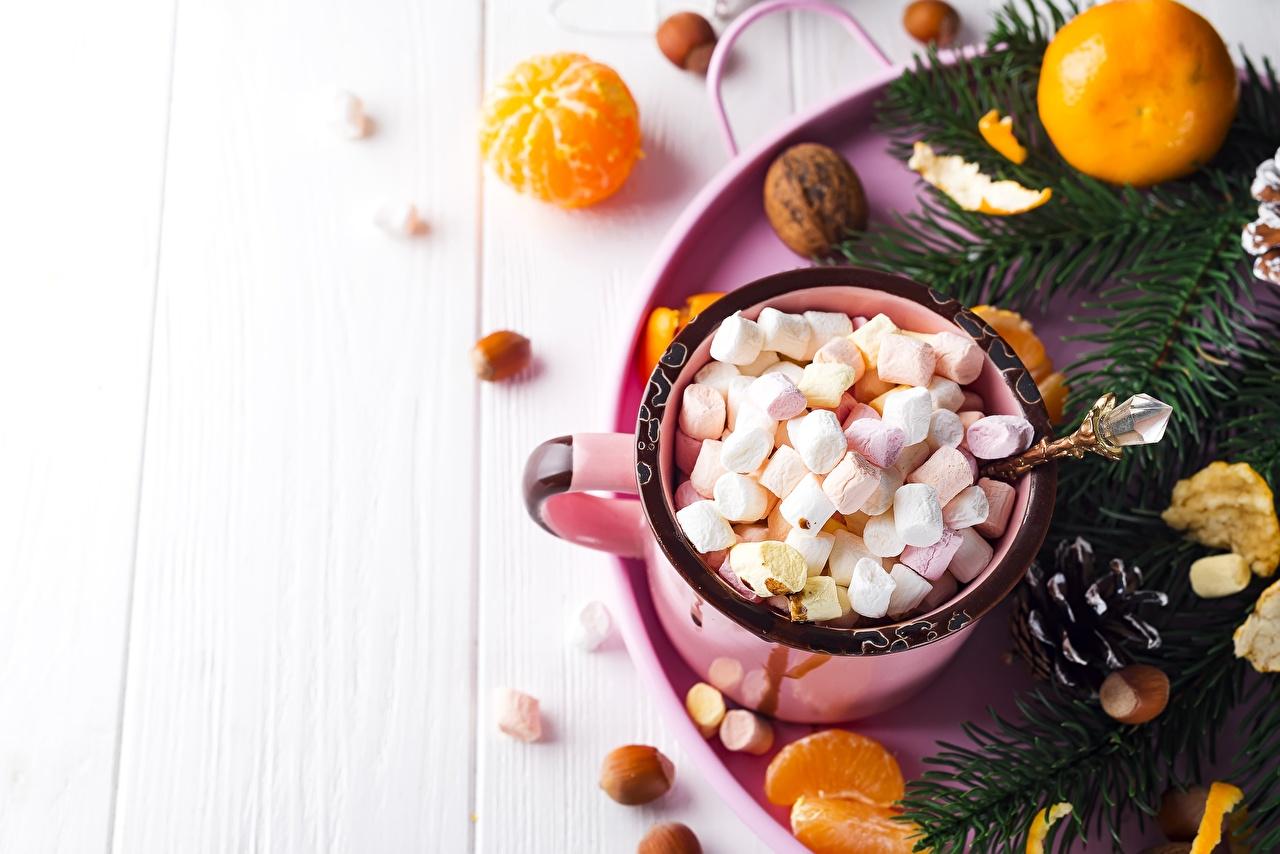 Фотография Рождество Мандарины Маршмэллоу Пища Кружка Новый год зефирки Еда кружки кружке Продукты питания