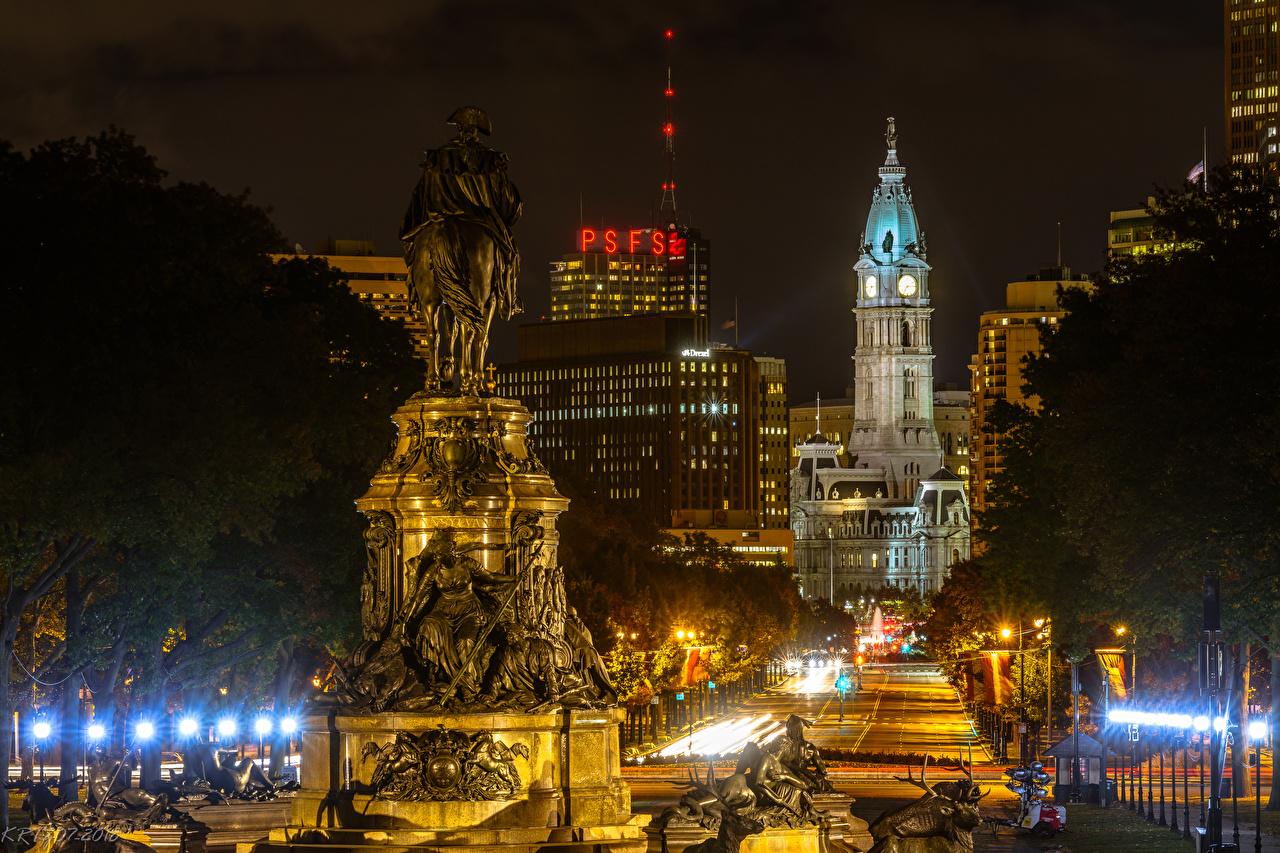 Картинки США Памятники Philadelphia ночью Уличные фонари Дома город штаты америка Ночь в ночи Ночные Города Здания