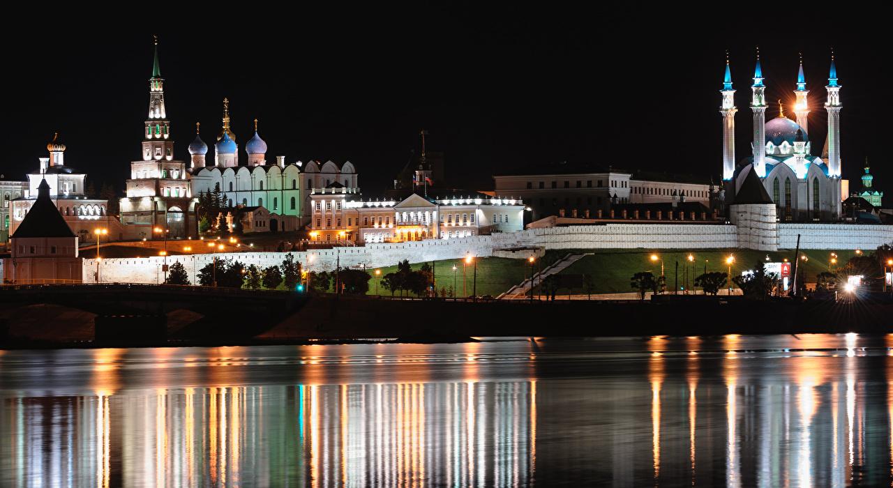 Обои для рабочего стола Церковь Мечеть Россия Kazan, Volga, Tatarstan река ночью город Ночь Реки речка в ночи Ночные Города