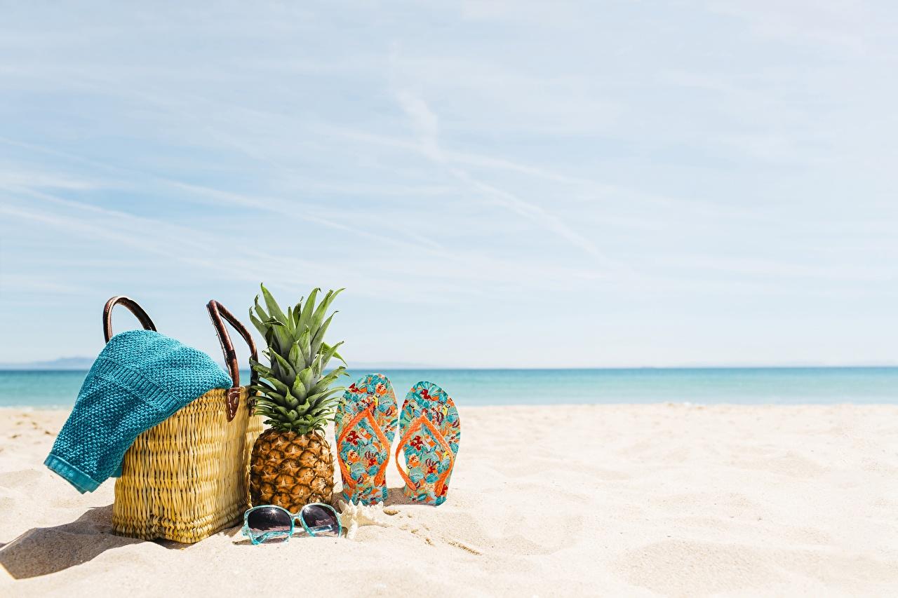 Картинки шлепки пляжа Ананасы Сумка Полотенце сланцы Вьетнамки Пляж пляжи пляже