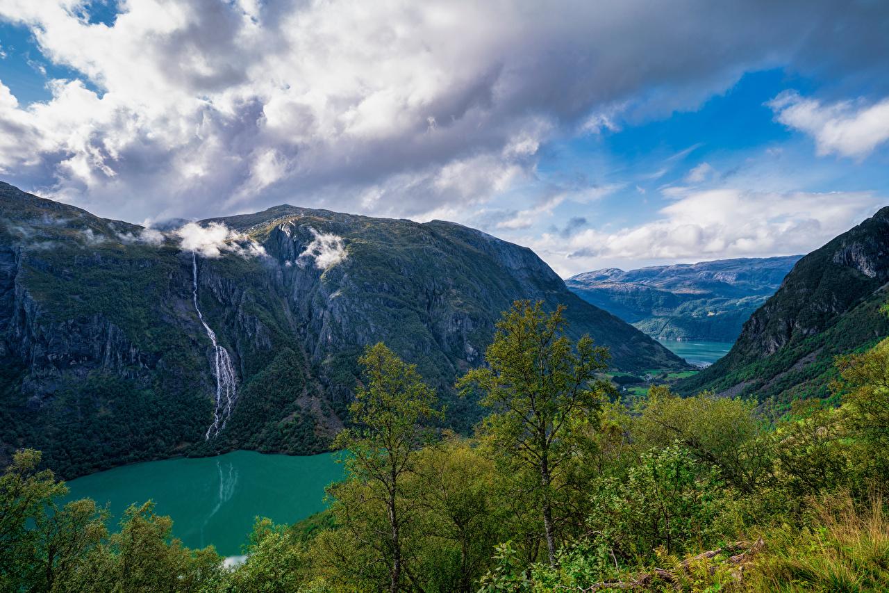 Обои для рабочего стола Норвегия Folgefonna National Park Горы Природа парк дерева облачно гора Парки Облака дерево облако Деревья деревьев