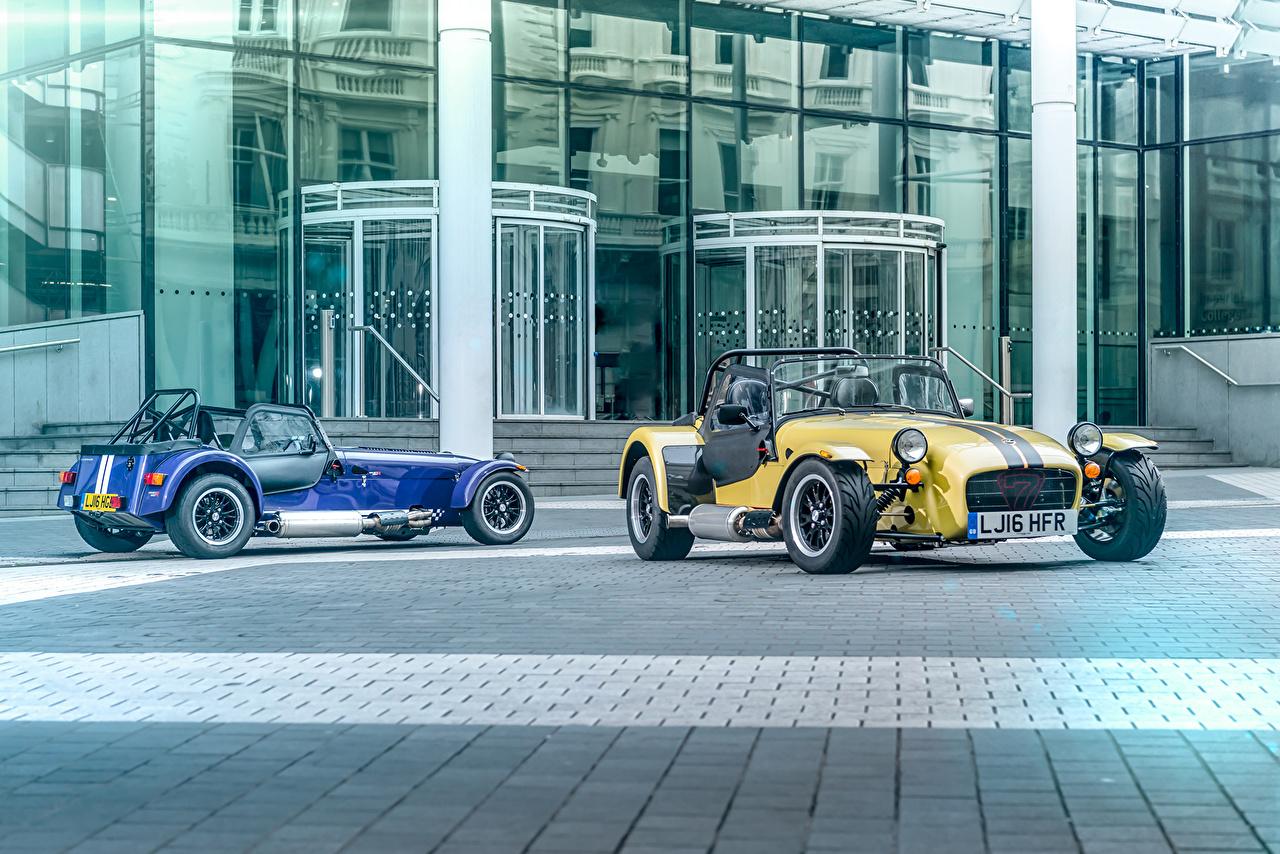 Фотография Caterham 7 2016 Двое Металлик Автомобили 2 два две вдвоем авто машины машина автомобиль