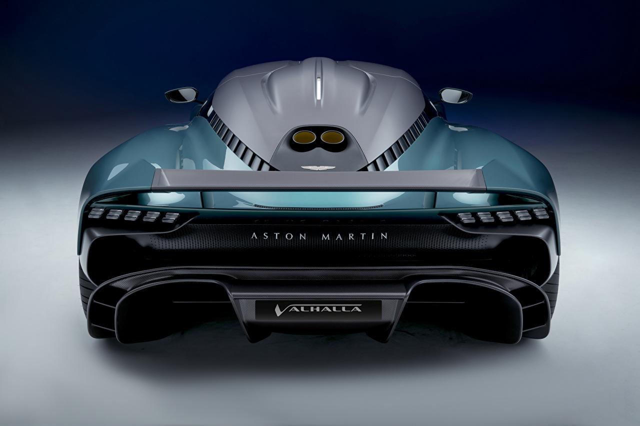 Фото Астон мартин Valhalla, (Worldwide), 2021 зеленых авто Сзади Металлик Aston Martin зеленая зеленые Зеленый машины машина вид сзади Автомобили автомобиль