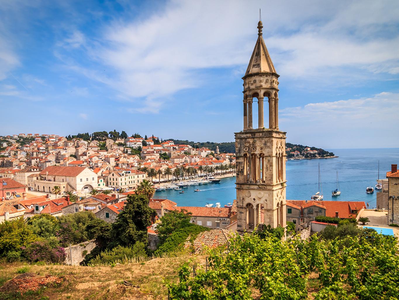 Фотографии Хорватия Башня Hvar Залив Причалы город Здания башни Пирсы залива заливы Пристань Дома Города