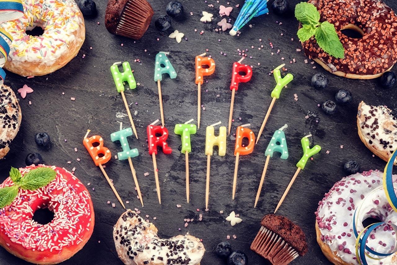 Картинка День рождения инглийские Пончики Слово - Надпись Еда Свечи английская Английский слова текст Пища Продукты питания