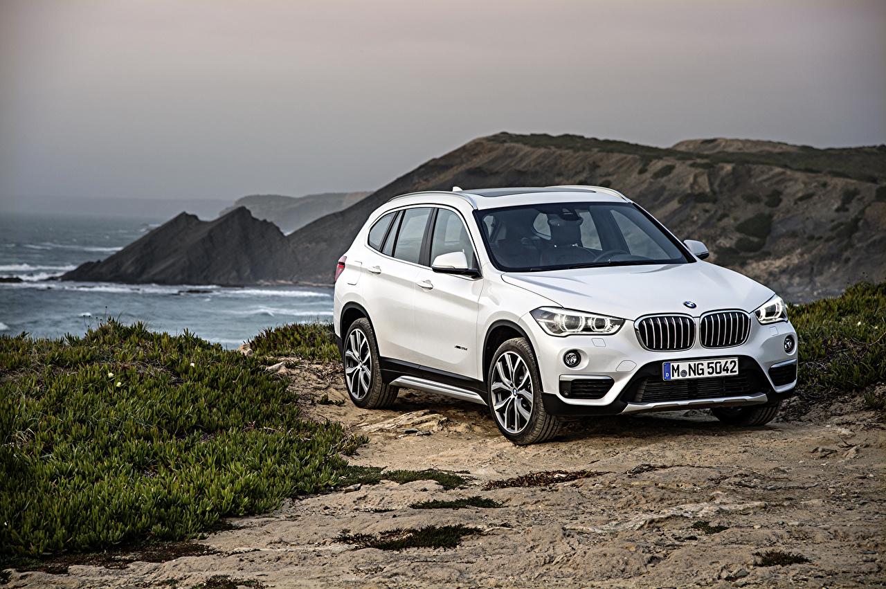Фотография BMW 2015 X1 F48 xDrive20d Белый машина БМВ белая белые белых авто машины Автомобили автомобиль