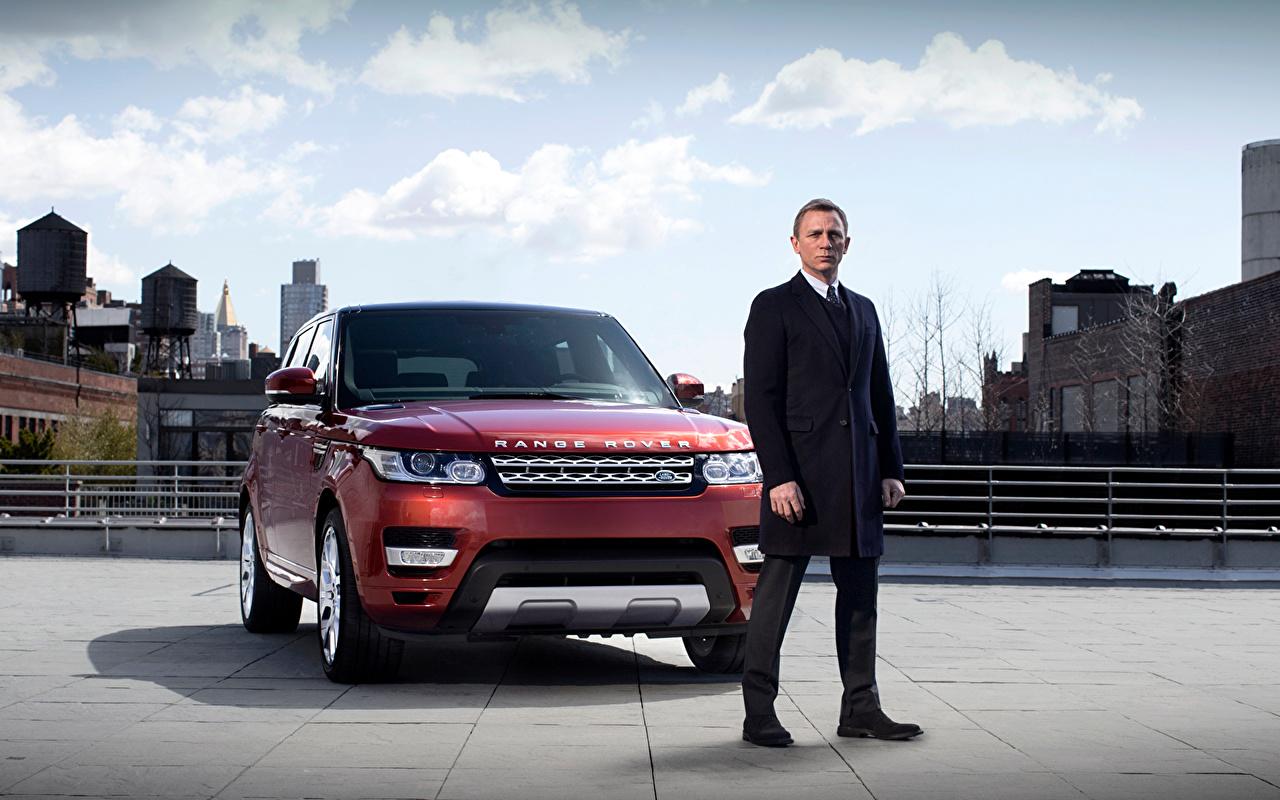 Фотографии Daniel Craig Land Rover james bond Авто Знаменитости Дэниэл Крэйг Range Rover Машины Автомобили