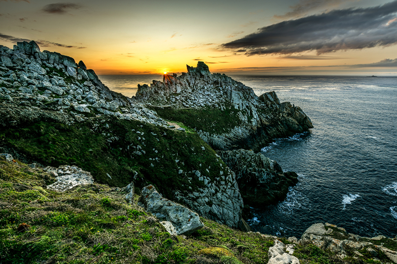 Фотография Франция Brittany Море Скала Природа рассвет и закат Побережье Утес скалы скале Рассветы и закаты берег