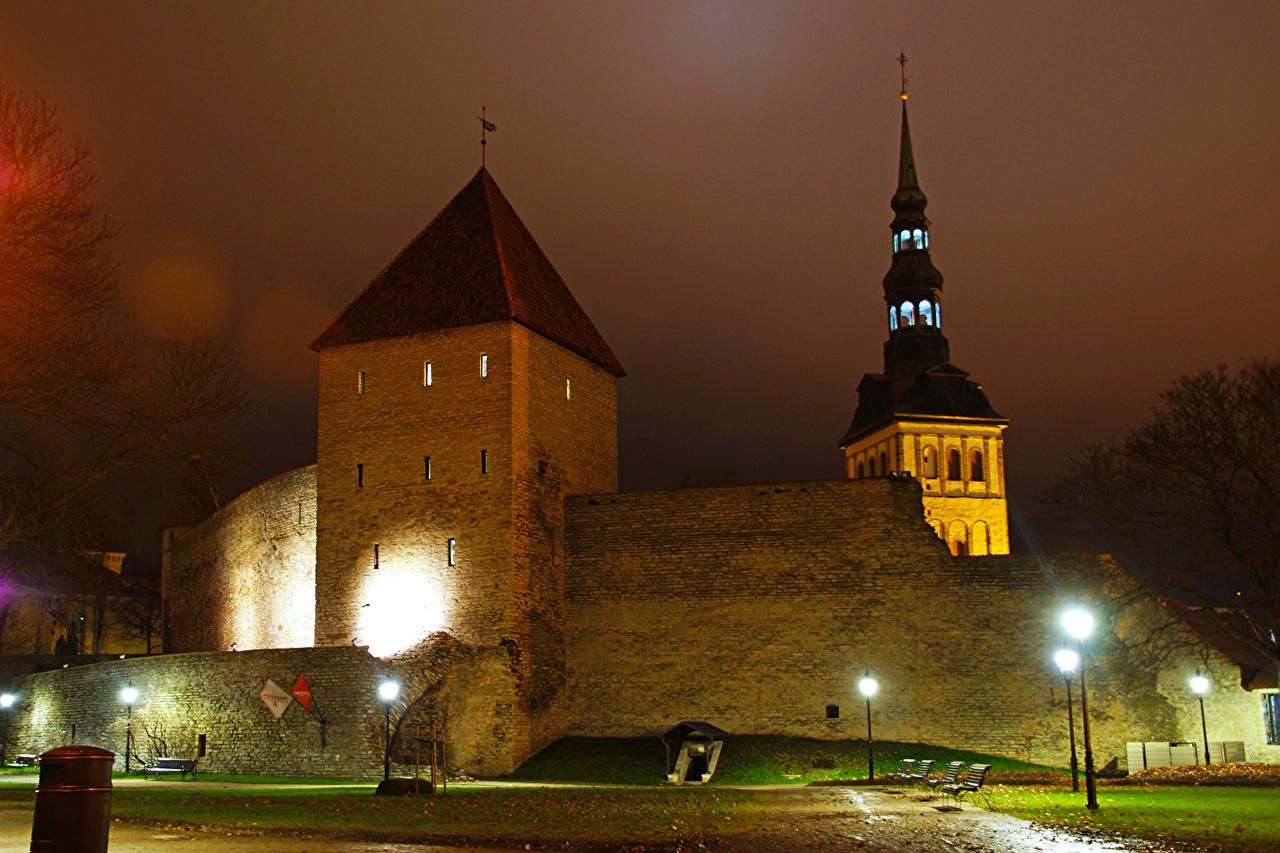Фото Таллин Эстония Крепость Virgin tower Ночные Уличные фонари Города Ночь