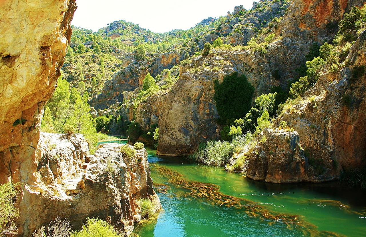 Фотография Испания Cuenca Скала Природа речка Утес скале скалы Реки река