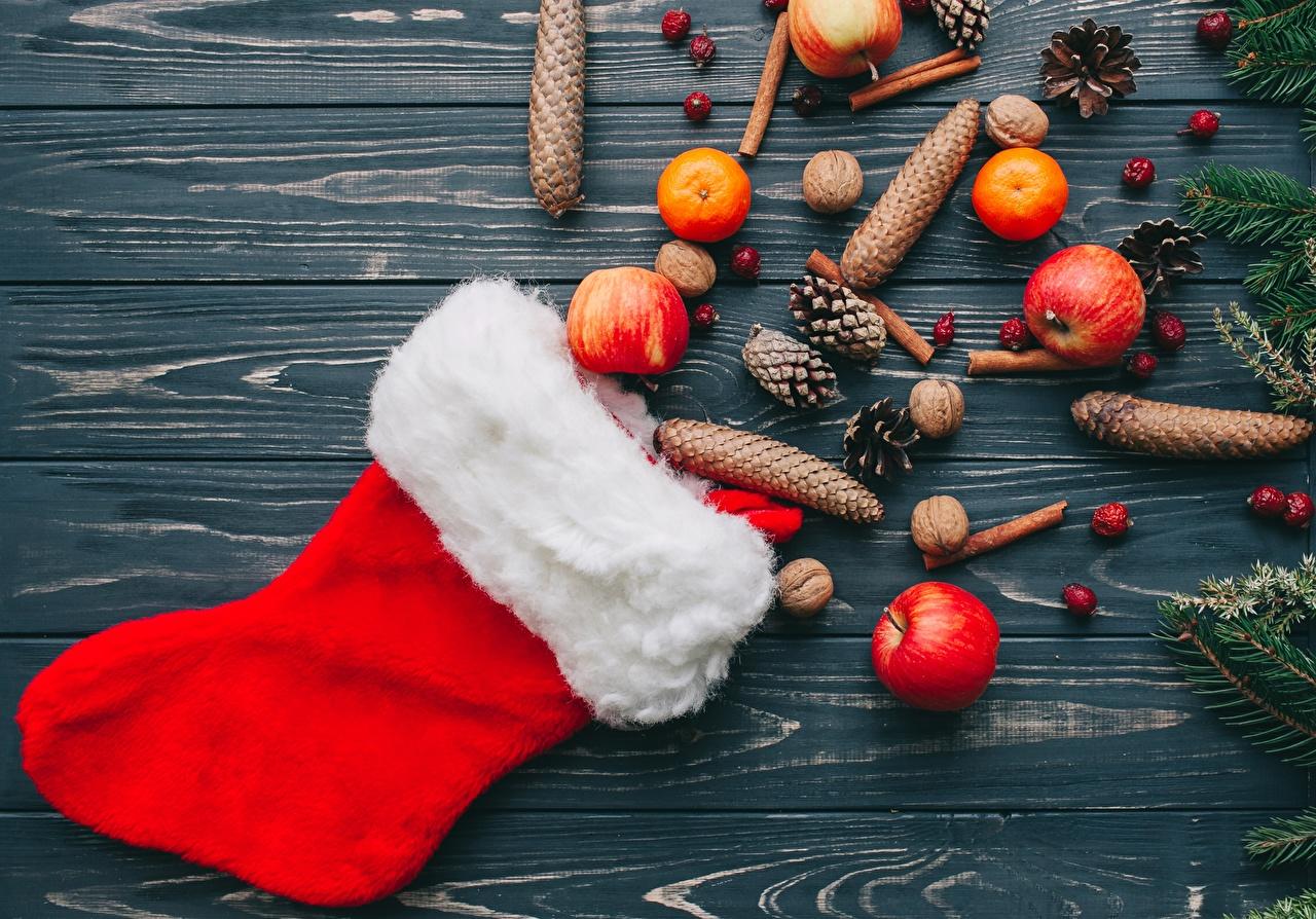 Фото Новый год Яблоки Шишки Рождество шишка