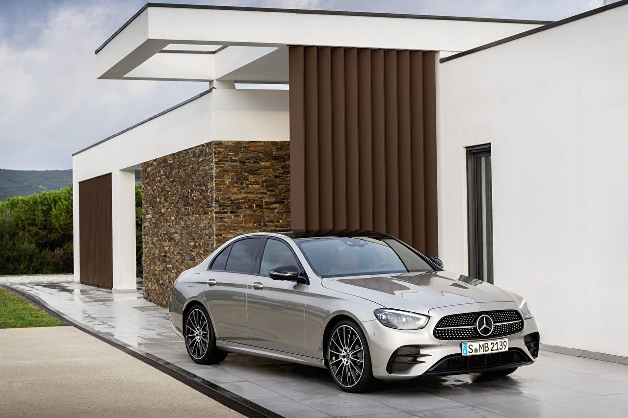 Обои для рабочего стола Мерседес бенц 2020 E-Klasse AMG Line Worldwide серые Металлик Автомобили Mercedes-Benz серая Серый авто машины машина автомобиль