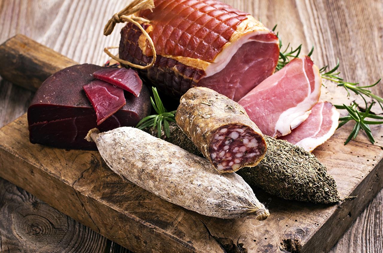 Фотография Колбаса Ветчина Еда Мясные продукты Пища Продукты питания