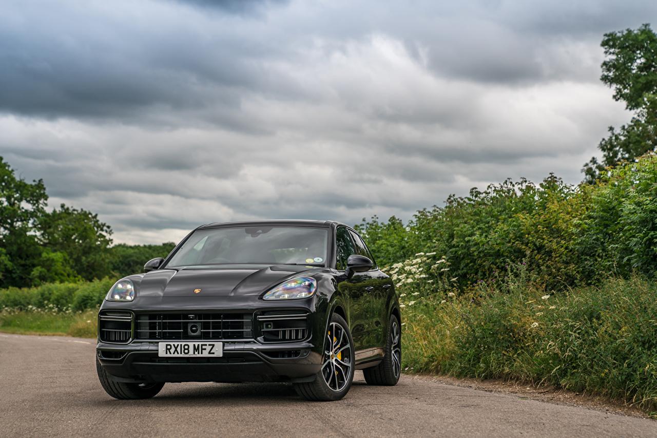 Обои Porsche 2018 Cayenne Turbo Серый Авто Спереди Металлик Порше Машины Автомобили