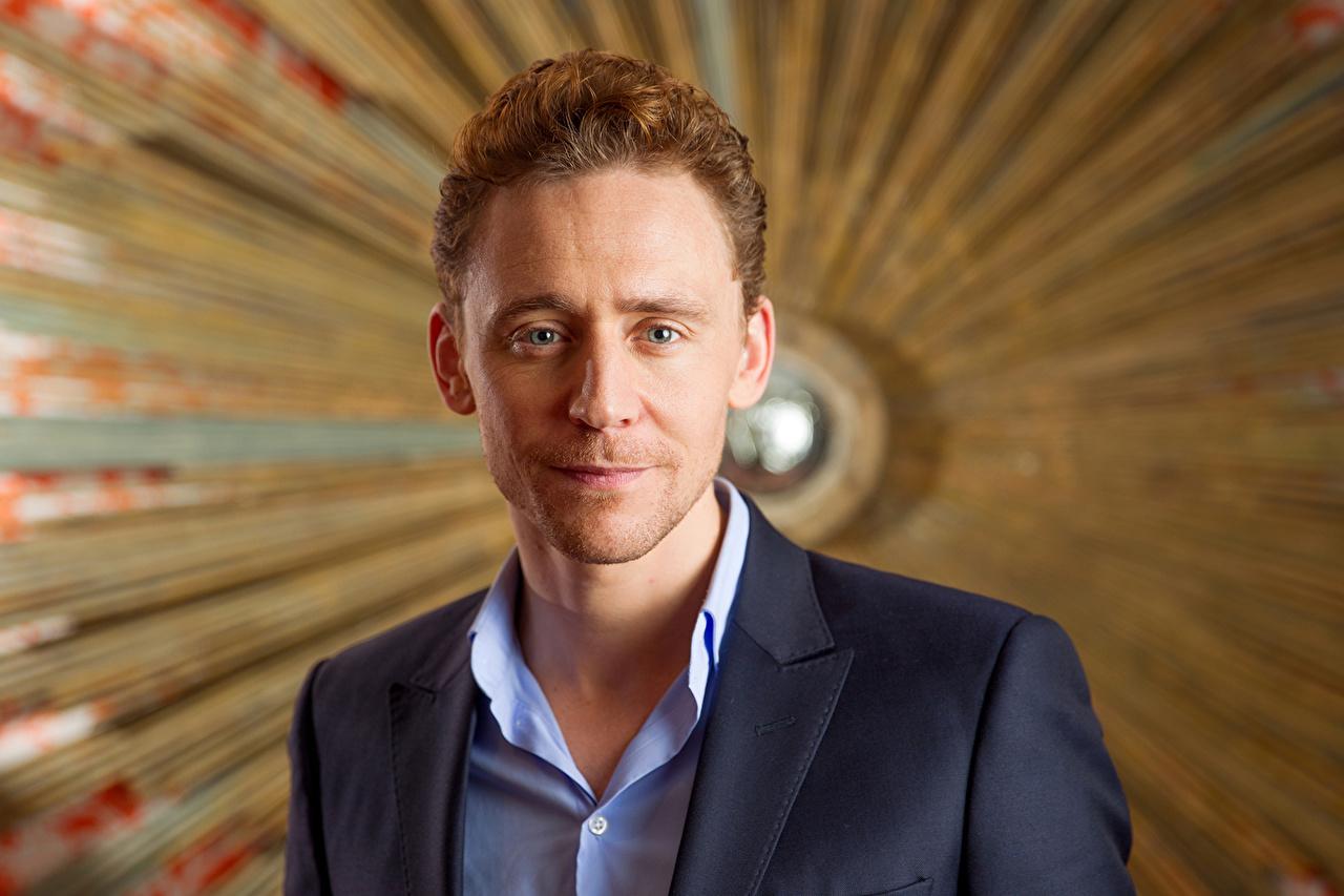 Фото Tom Hiddleston Мужчины лица Знаменитости Том Хиддлстон мужчина Лицо