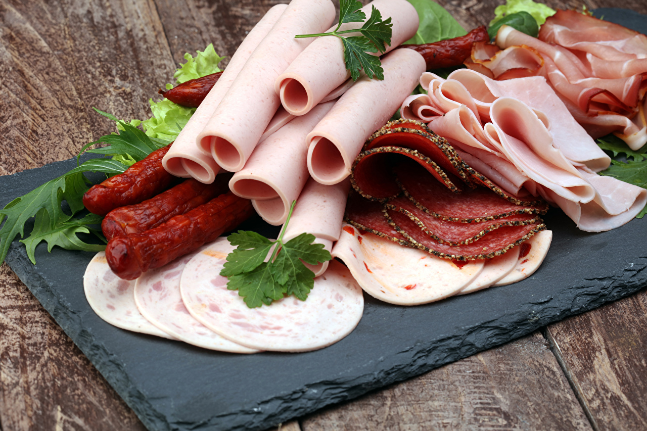 Картинки Колбаса Ветчина Еда нарезка Мясные продукты Пища Продукты питания Нарезанные продукты
