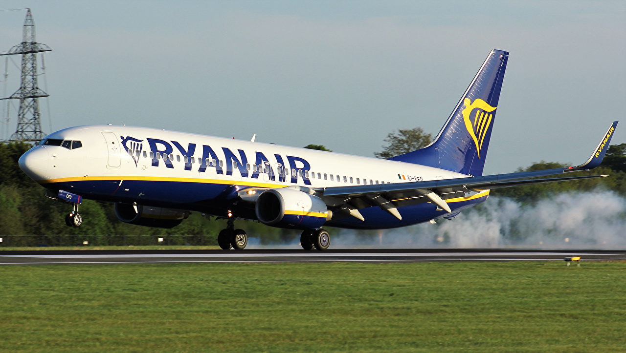 Обои Самолеты Пассажирские Самолеты RYANAIR Авиация