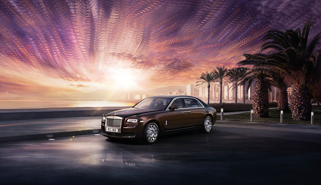 Фотография Роллс ройс 2014-19 Ghost Коричневый авто Rolls-Royce коричневые коричневая машина машины Автомобили автомобиль
