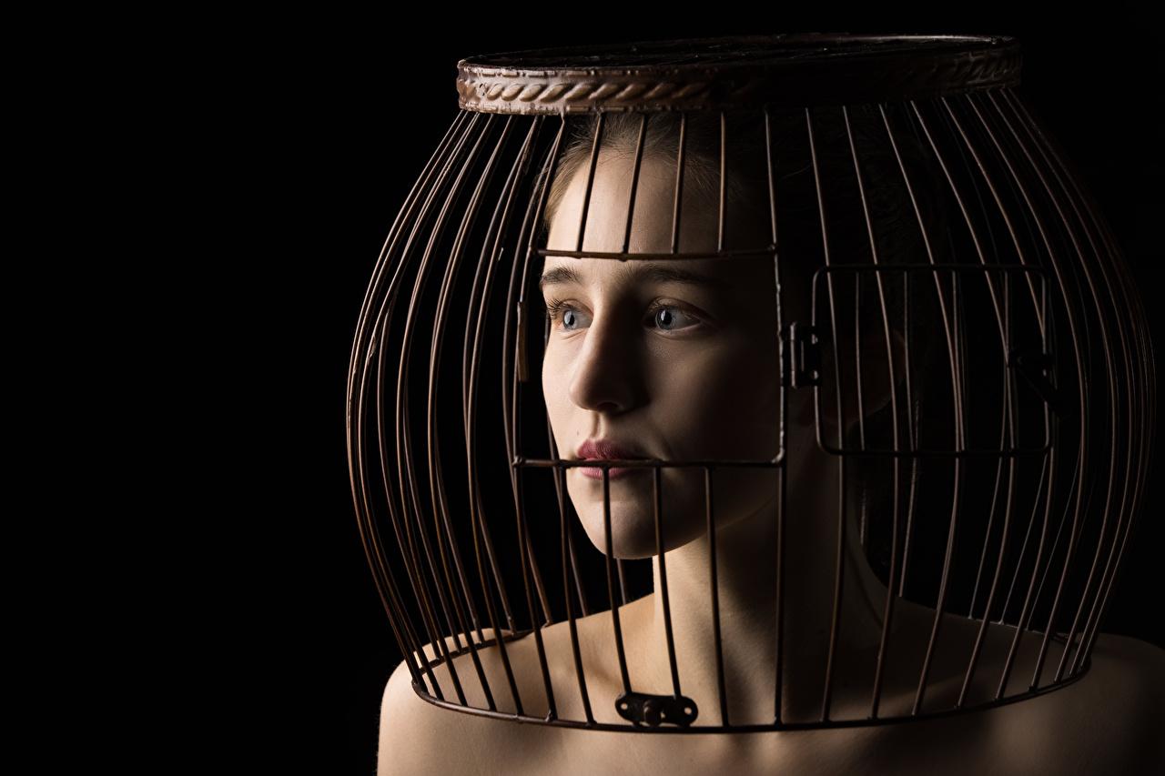 Фото Модель Ahna Green, cage молодая женщина Взгляд фотомодель девушка Девушки молодые женщины смотрит смотрят