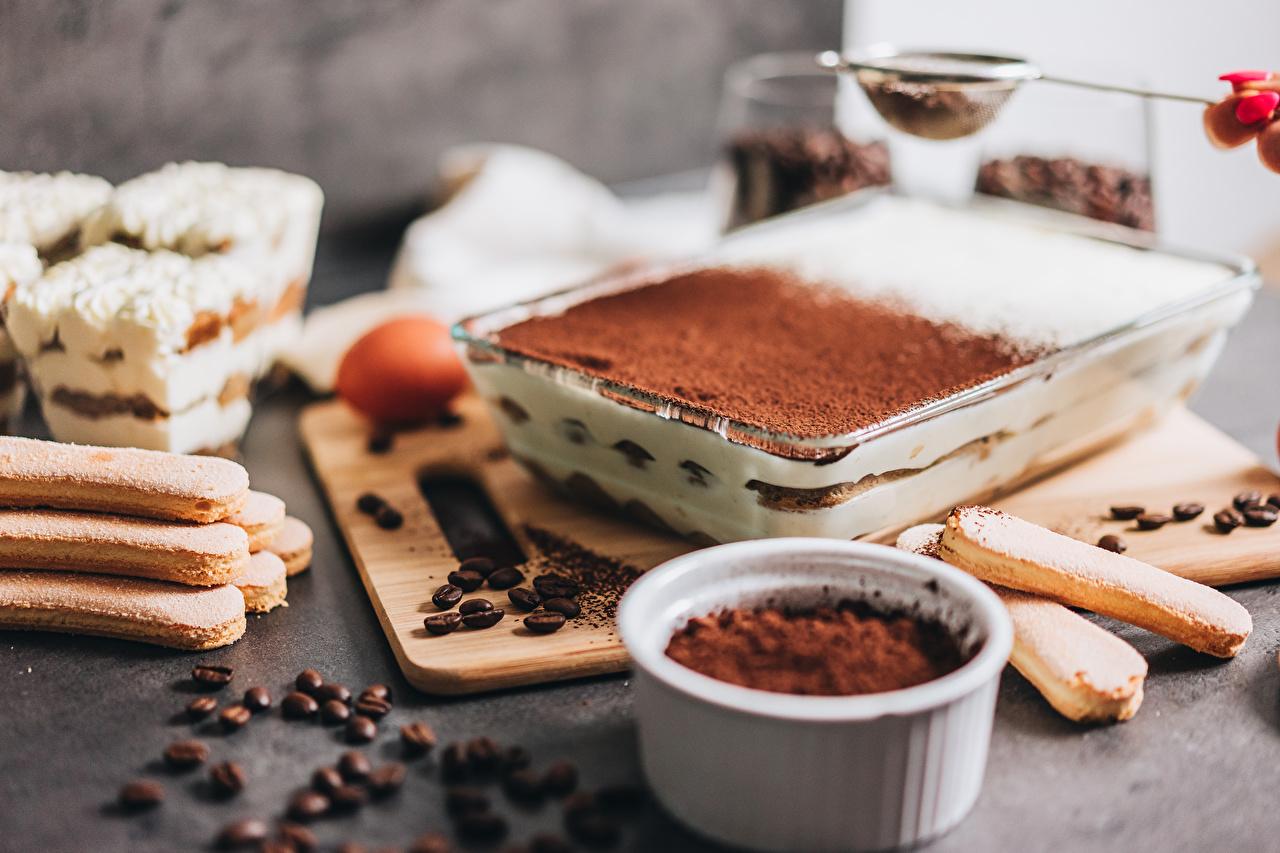 Фотографии Tiramisu Кофе Торты Какао порошок Зерна Пища Печенье зерно Еда Продукты питания