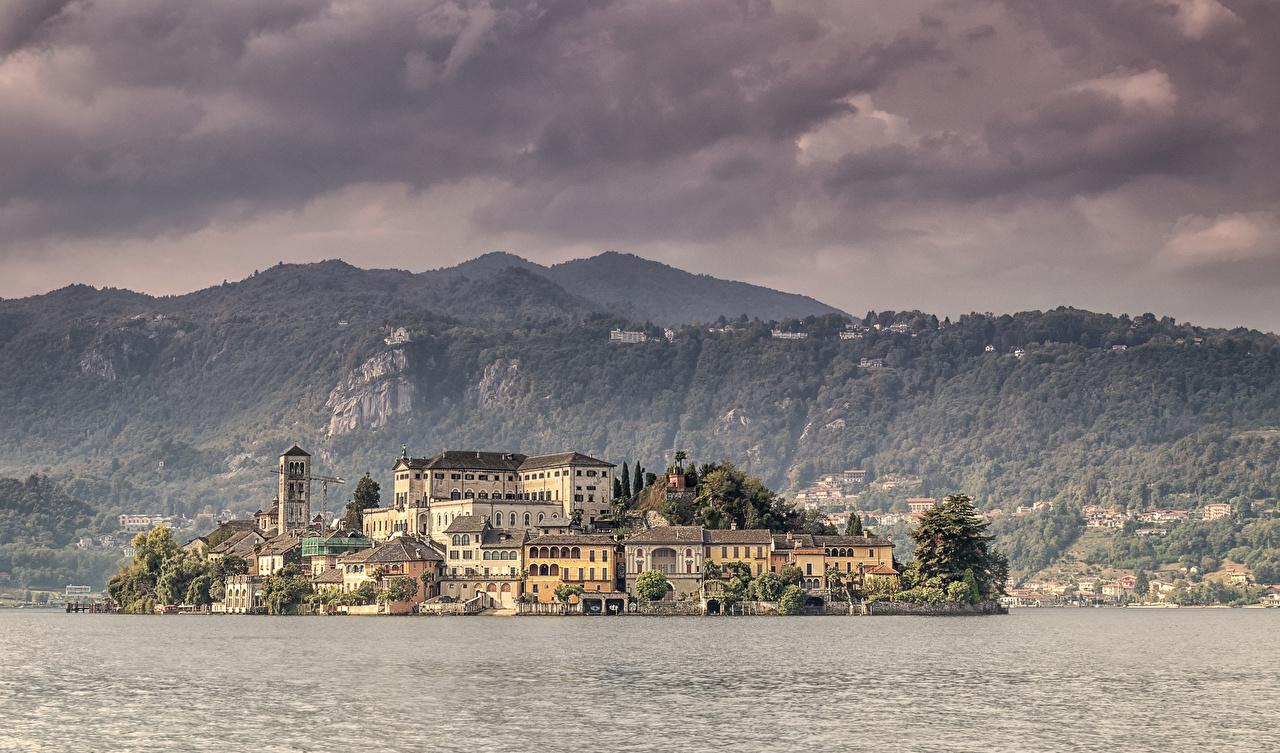 Обои для рабочего стола Италия Isola San Giulio Озеро Остров Города Здания Дома город
