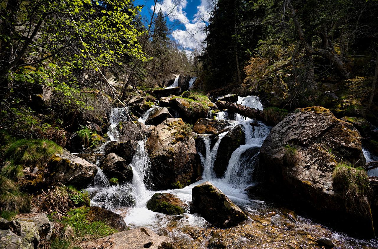 Обои для рабочего стола Андорра Горы Ручей Природа Камень гора ручеек Камни