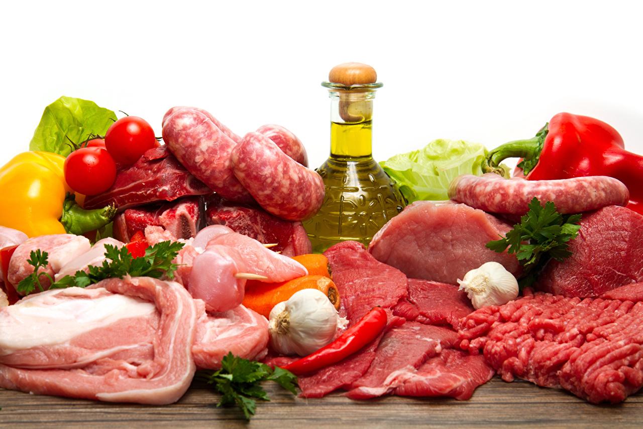 Картинка Колбаса Помидоры Острый перец чили Чеснок Еда Бутылка Мясные продукты Томаты Пища Продукты питания