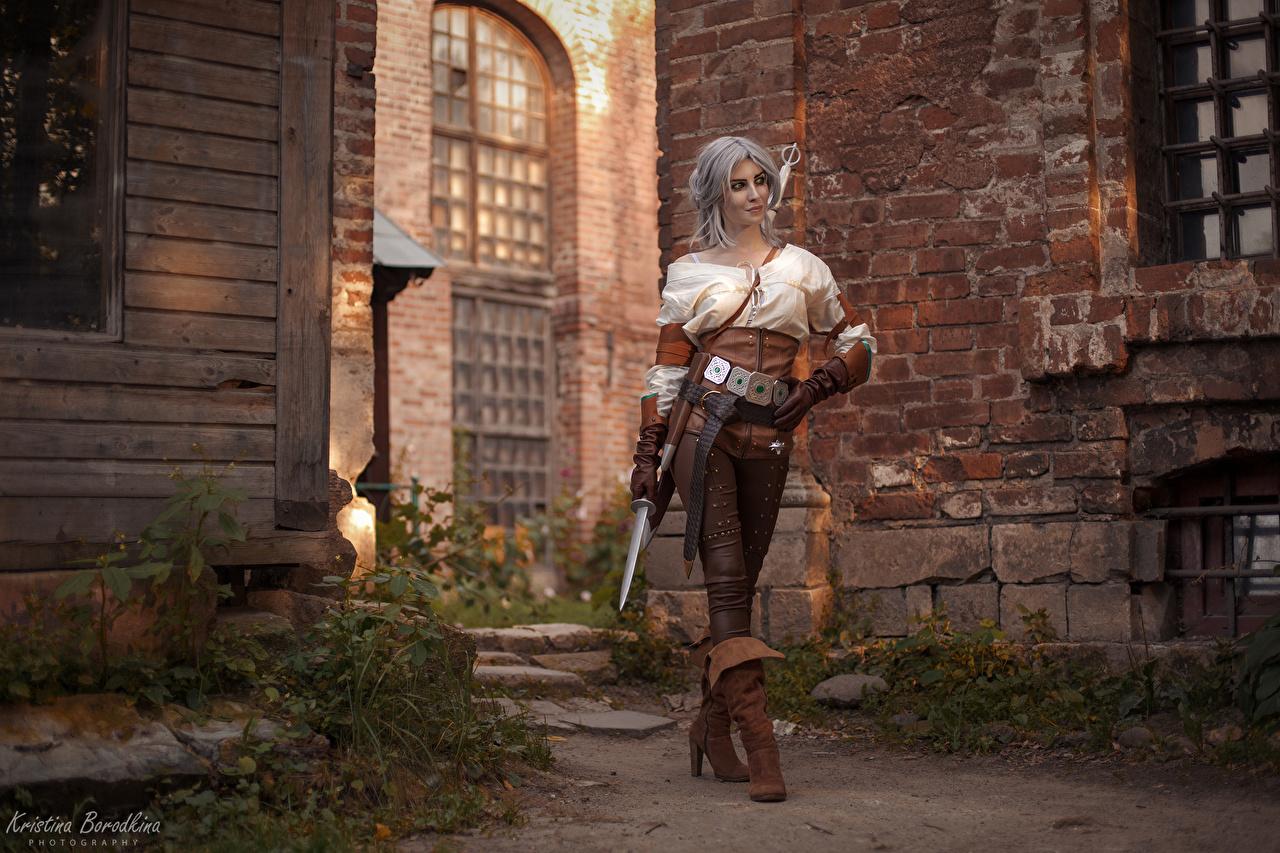 Картинка молодая женщина The Witcher 3: Wild Hunt воины Кинжал Цири Ciri, Kristina Borodkina Косплей девушка Девушки молодые женщины Ведьмак 3: Дикая Охота воин Воители Цирилла