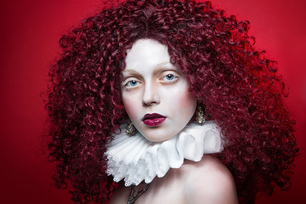 Фотография Рыжая Макияж кудри Волосы молодая женщина рыжие рыжих мейкап косметика на лице Кудрявые волос девушка Девушки молодые женщины