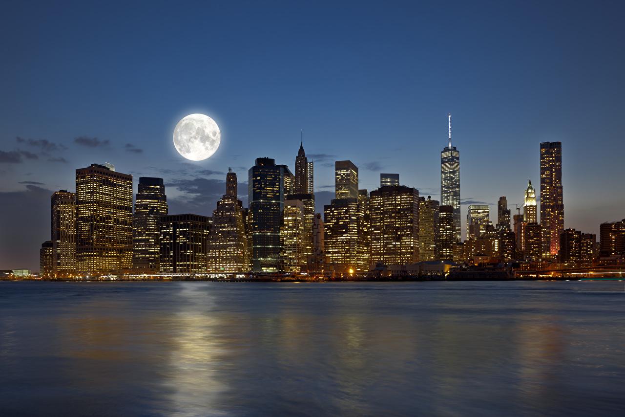Фотография Нью-Йорк Манхэттен штаты луной речка Ночные Дома Города США америка луны Луна Реки река Ночь ночью в ночи город Здания