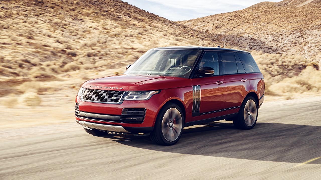 Картинка Land Rover 2018 Dynamic красная Движение авто Range Rover Красный красные красных едет едущий едущая скорость машина машины Автомобили автомобиль