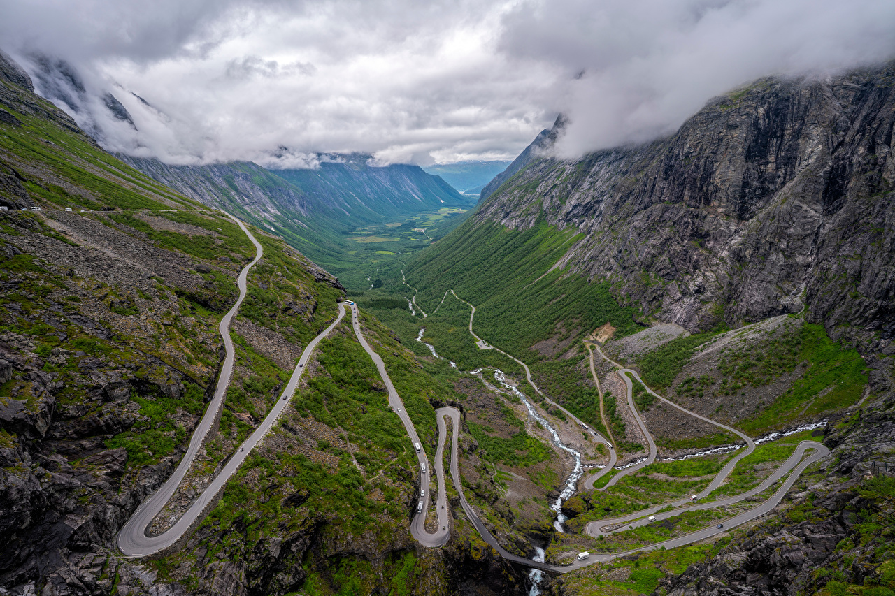 Фотографии Норвегия Trollstigen гора Природа Дороги Сверху Облака Горы облако облачно