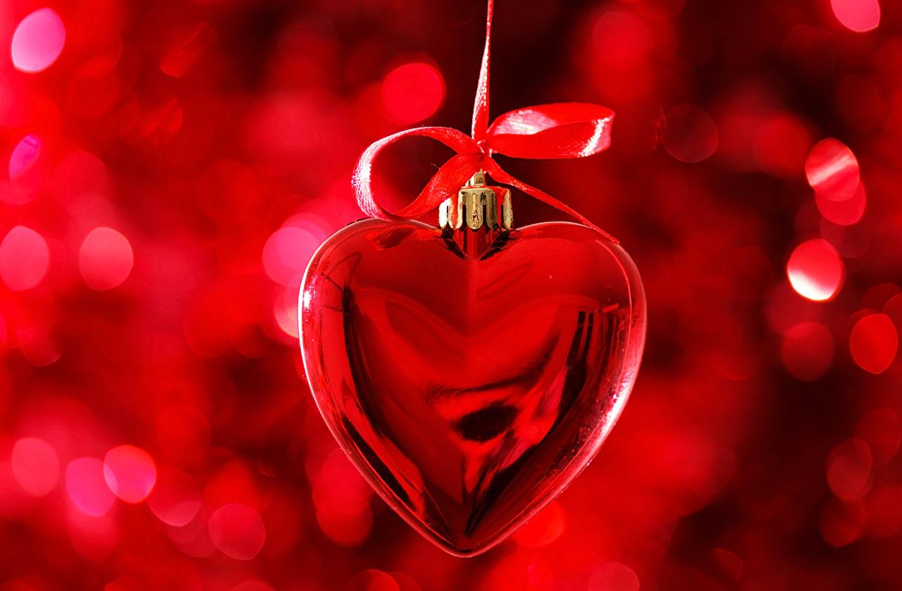 Обои для рабочего стола День всех влюблённых Сердце красных Бантик День святого Валентина серце сердца сердечко Красный красные красная бант бантики